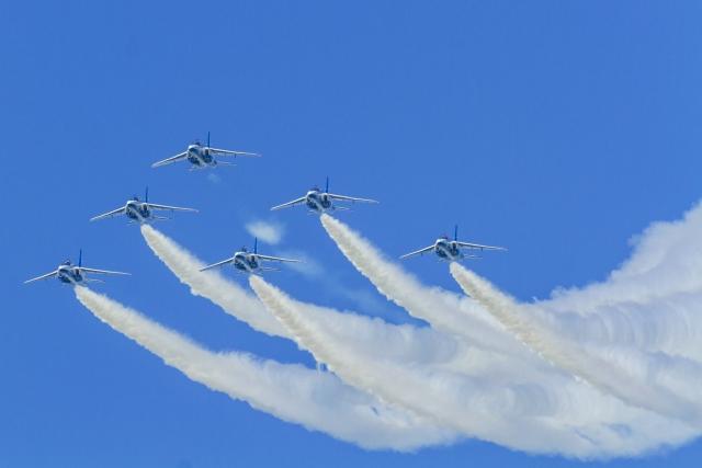 ブルーインパルスの航空ショー