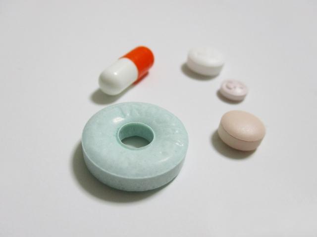 トローチと薬
