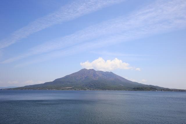 錦江湾越しの桜島