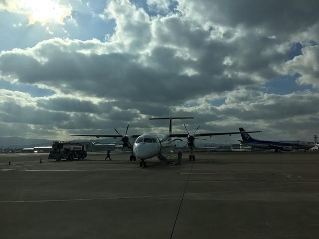 屋久島行きの飛行機