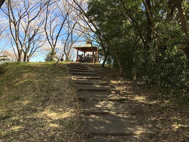 花立公園のベンチ