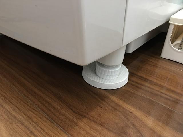 ドラム式洗濯機の振動吸収パッド