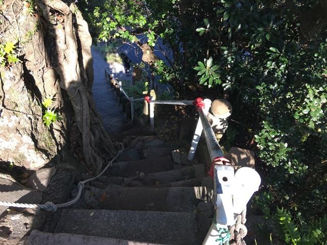 荒平天神の階段