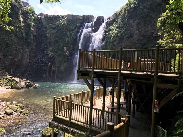 雄川の滝の見頃は何時?行って分かった条件と遊歩道の服装対策!